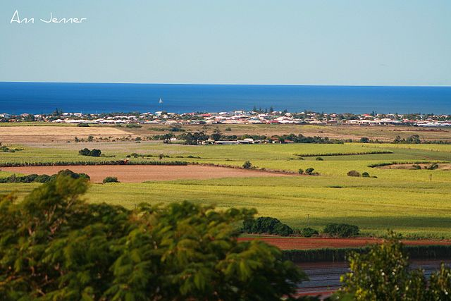 640px-Bargara_from_the_Hummock.jpg
